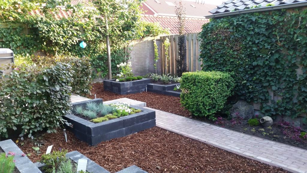 Aanleg nieuwe tuin oosterlaken tuin groen onderhoud - Maak een eigentijdse tuin aan ...