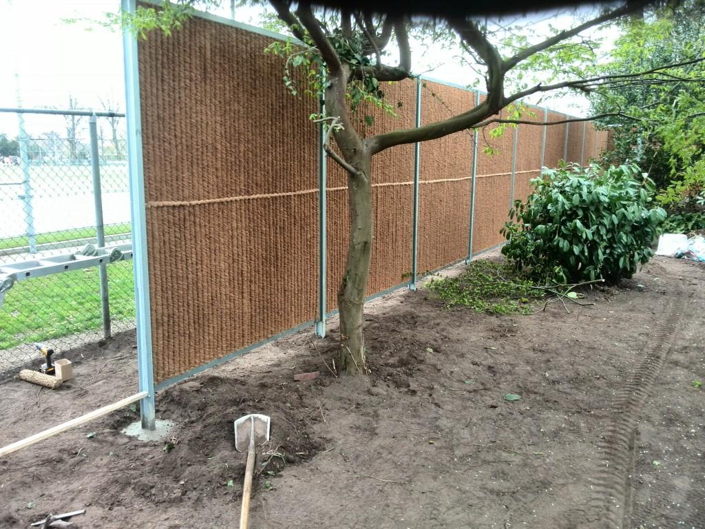 Plaatsen schutting en aanpassen tuin oosterlaken tuin groen onderhoud - Maak een eigentijdse tuin aan ...